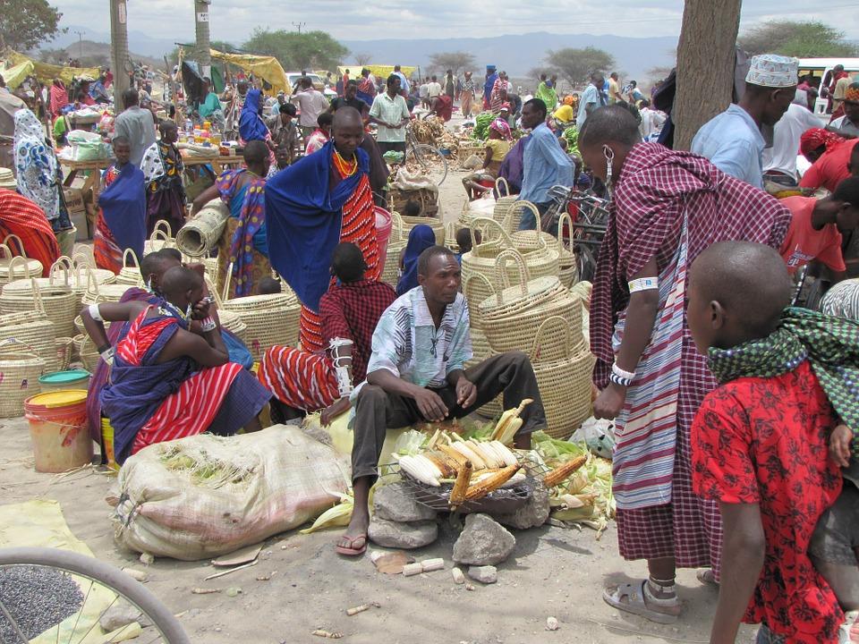 Jour de marché chez les Massaï (Kenya) CC: Pixabay